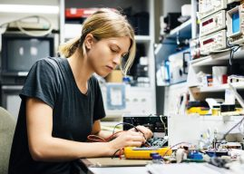 Égalité des femmes dans «les métiers d'hommes»: il ya encore du chemin