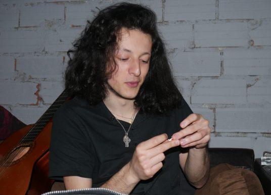 Lican, 20 ans, àla recherche du temps d'avant